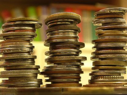 geldmünzen © Flickr / Jeff Belmonte