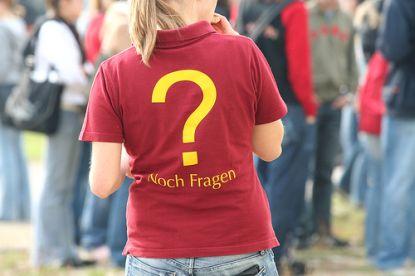 noch-fragen-t-shirt © Flickr / bettybraun