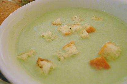 Suppe mit Croutons © Flickr / yoppy