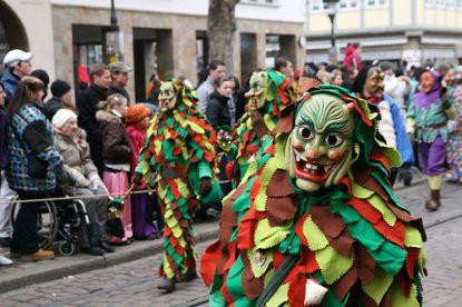 Narren in der Karnevalszeit © flickr / poeloq