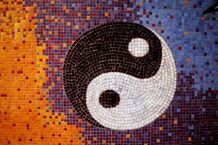 Vertreter der Makrobiotik weisen Yin und Yang eine bedeutsame Rolle zu. © Flickr / dno1967