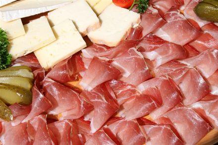 Ab 2011 können Verbraucher Käseimitat und Mogelschinken aus dem Weg gehen © Flickr / dags1974